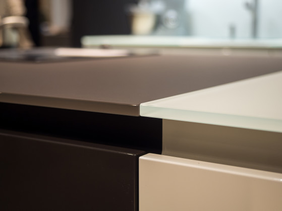 Tempered Glass Countertop by Leicht