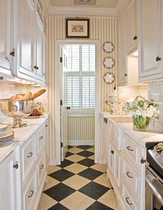 Glamorous Galley kitchen, calcutta marble, elegant crown molding