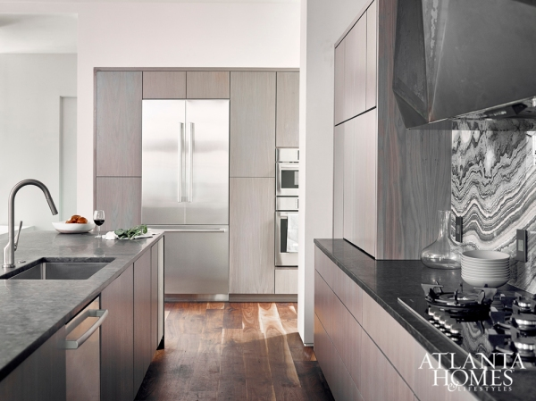 Grand Prize Winner: Modern Industrial Kitchen, West Architectural Studio, Principle Builders Group
