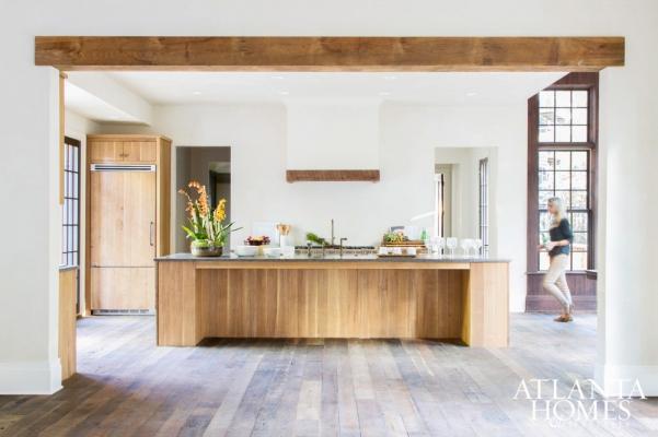 Refined European Style~Melanie Davis Design, Rhinehart Pulliam & Company, John Bynum Custom Homes