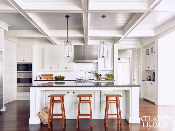 Winner: Transitional Cape Cod Style, Dawn M. Bennett,AIA,Geoffrey Borwick Architect
