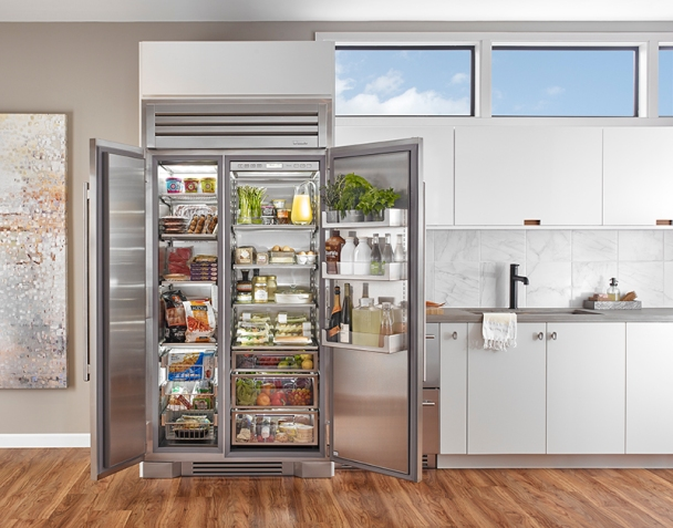 Kitchen Equipped with True 42 Refrigeration