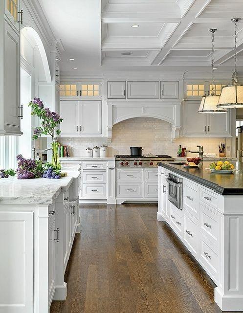 Luxury Kitchen with Solid Hardwood Floors, Liesl