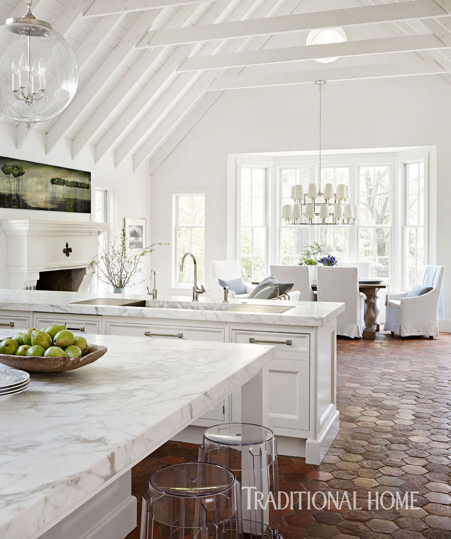 Inspired design white kitchen trends loretta j willis for Latest trends in kitchen design