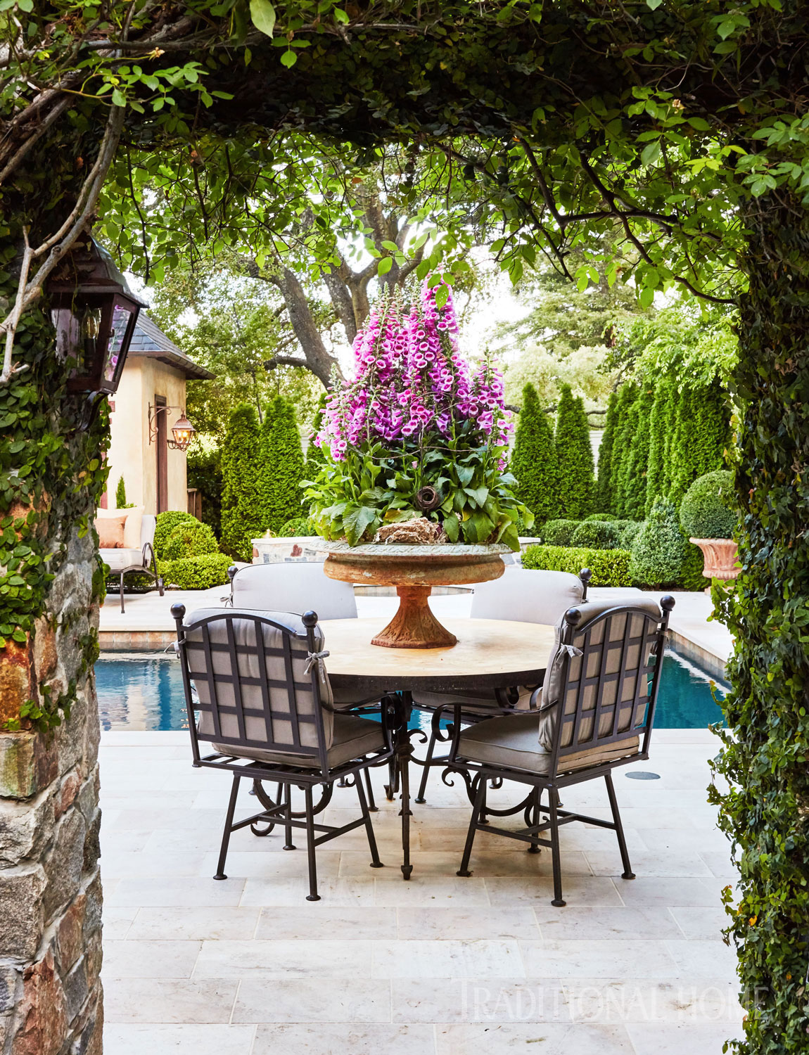 home trends-outdoor living-dining-Teresa Smiles-Gilliam-THlorettajwillishome trends 2018, outdoor livinghome trends 2018, outdoor livinghome trends 2018, outdoor livinghome trends 2018, outdoor livinghome trends 2018, outdoor livinghome trends 2018, outdoor livinghome trends 2018, outdoor living