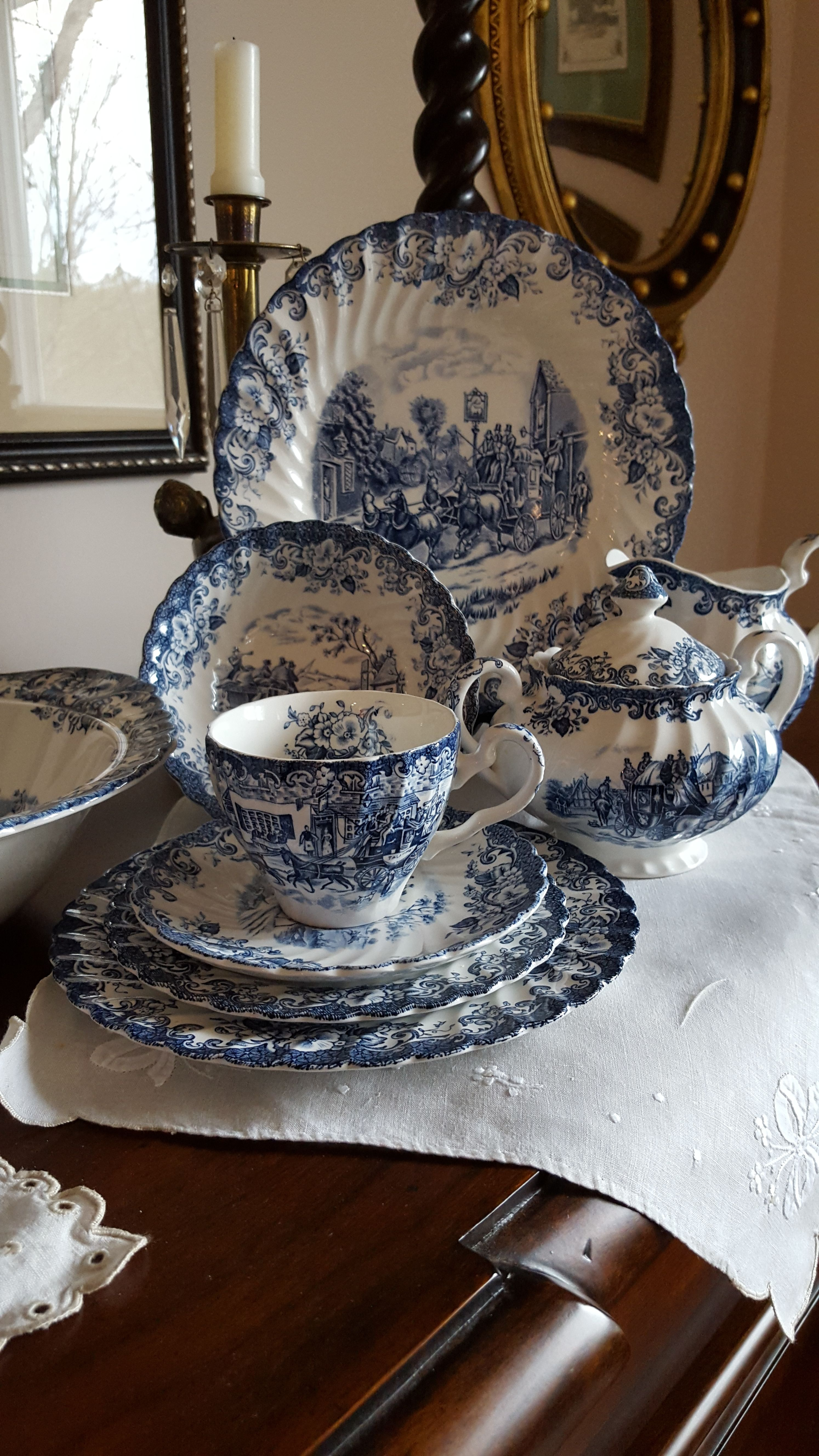 blueandwhite, elegant tabletop, johnsonbrothers china-Lorettas Interior Designlorettajwillisblueandwhite, home trends