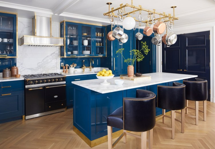 kitchen trends 2020, a touch of glam